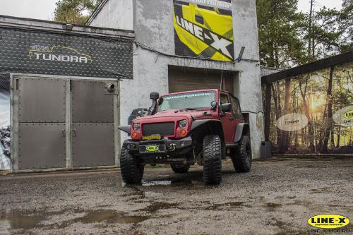 Jeep-Wrangler-3-door-full-red-1